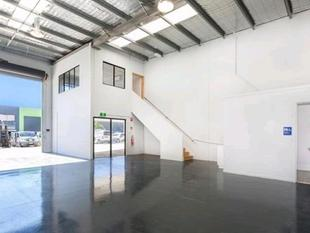 Quality 130m* Industrial Warehouse In Prime Location! - Molendinar
