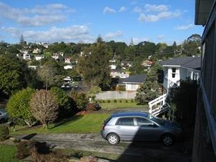 Three bedrooms - Glenfield - Glenfield