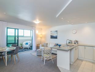 Fabulous Beach Apartment - Paraparaumu Beach