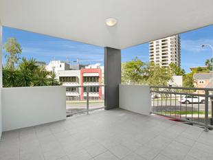 Prime Location! Central Toowong! - Toowong