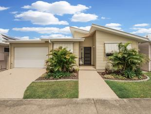 Villa 39 - 'Palm Lake Resort' - Upper Coomera