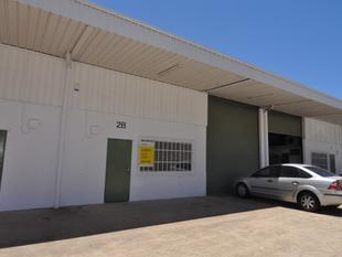 Affordable 200 sqm warehouse in Currajong - Currajong