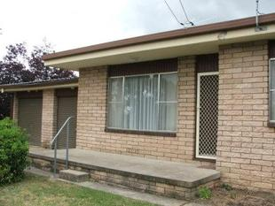 RIGHT PRICE-RIGHT LOCATION - - Armidale