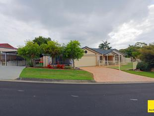 Large Family Home on a 972m2 block - Alexandra Hills
