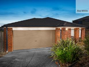 Simply Stunning First Home/Investment - Literally a stone throw to Hawkstowe Station - South Morang