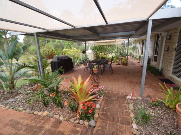75 Gloucester Court, Mount Hallen, QLD