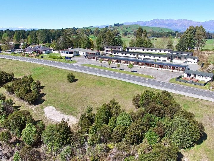 68 Cathedral Drive, Manapouri, Southland District