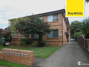 TWO BEDROOM UNIT RECENTLY UPDATED WITH CARSPACE - Punchbowl