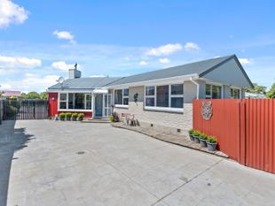 Family Home With Much Potential Plus - Kaiapoi