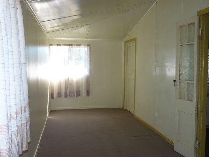 Unit 2, 140 Alfred Street, St George, QLD