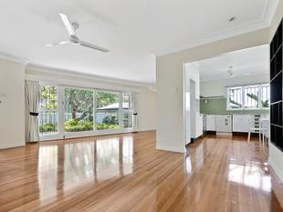 Lovely family home in idyllic locale - Toowong