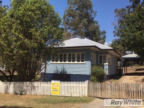 Beaudesert, 59 Eaglesfield Street