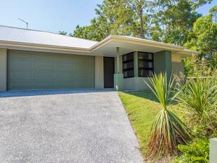 GREAT DUPLEX HOME IDEALLY LOCATED IN COOMERA RETREAT! - Upper Coomera