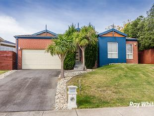 BEAUTIFUL FAMILY HOME WITH PLENTY OF EXTRAS - Berwick