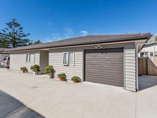 Vendor Says Sell... Present ALL OFFERS! - Pakuranga