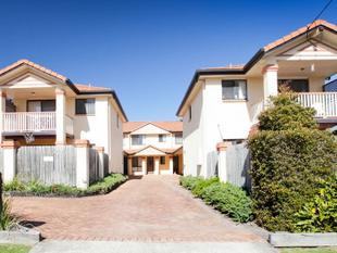 FABULOUSE TOWNHOUSE CLOSE TO PARK & WESTFIELD SHOPPING - Chermside