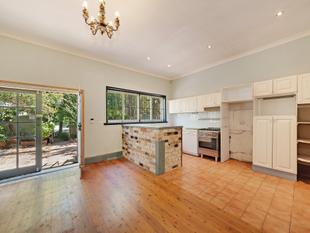 Pet Friendly Semi - Close to Everything - Neutral Bay