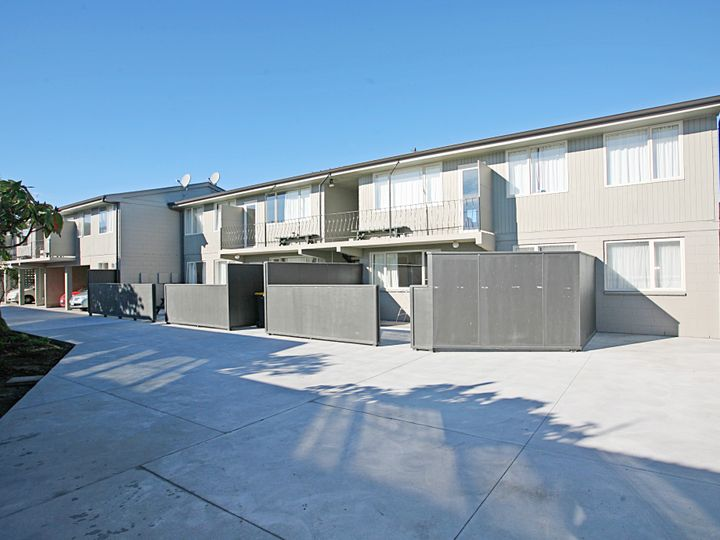 17/19 Newnham Terrace, Upper Riccarton, Christchurch City