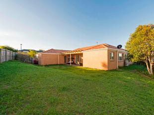 Spacious Family Home with Massive Grassed Yard - Move in or Rent Out! - Upper Coomera