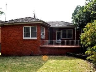 4 BEDROOM FAMILY HOME PERFECTLY LOCATED - Thornleigh