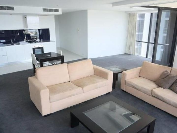 2086/9 Ferny Avenue, Surfers Paradise, QLD