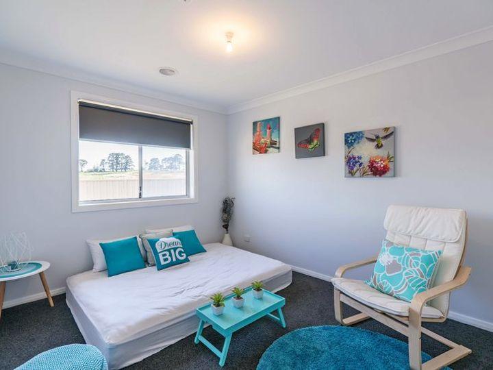 22 Molloy Drive, Orange, NSW