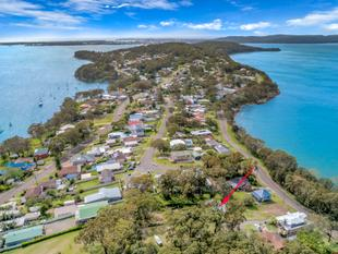 HOLIDAY HOME  LAKESIDE VILLAGE  DISCOVER LAKE MACQUARIE - Wangi Wangi