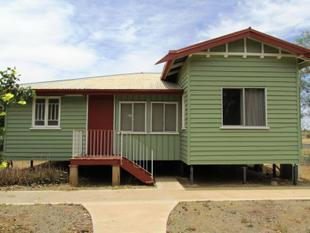 Large House, Two Titles, Corner Block! - Longreach