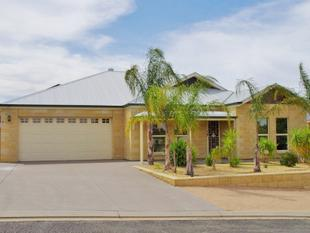 A New Home, Built in 2010 - Paringa