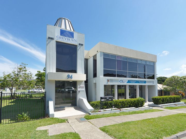 94 Eugaree Street, Southport, QLD