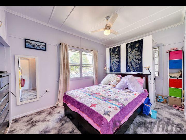 2A Sinclair Street, Newtown, QLD