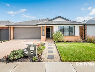 PERFECT PRESENTATION IN GREAT LOCATION - CASIANA GROVE ESTATE! - Cranbourne West