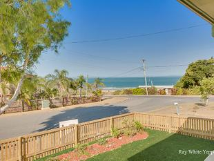 Budget beachside cottage with great ocean views! - Meikleville Hill
