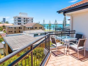 Best Buy with Broadwater Views - Biggera Waters