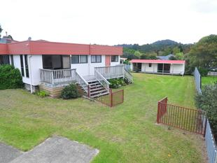 ROOM FOR THE TEENS - Whangamata
