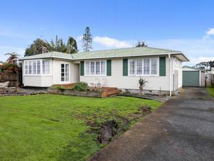 House on 898m2 land. Must be sold! - Manurewa