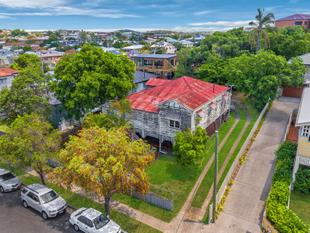 Two Lots on 810 m2 LMR - Coorparoo