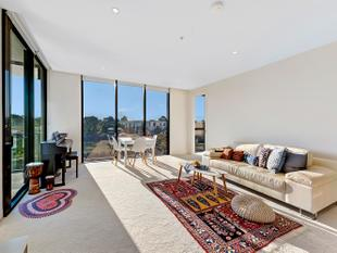 Are you looking for an affordable modern luxury lifestyle in one of the most popular suburb on the Gold Coast? - Benowa