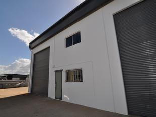 Affordable warehouse/office unit in Currajong - Currajong
