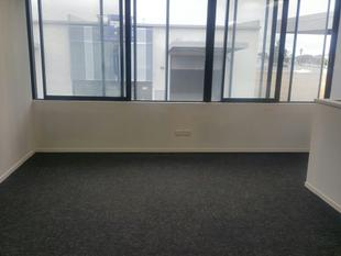 Modern mezzanine shared office space - Hobsonville