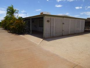 BLOCK HOME WITH A SHED AVAILABLE NOW - Exmouth