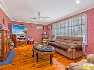 FANTASTIC INVESTMENT OR  FIRST TIME HOME BUYERS HOT CAKE - St Marys