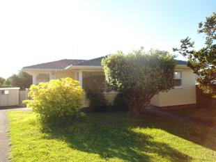 3-BEDROOM IN MACLEANS ZONE - Bucklands Beach