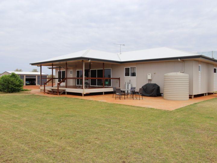 28 Albert Park Road, Charleville, QLD