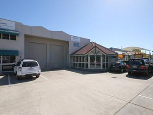 Price Reduction - High Quality Office/Warehouse Unit In Central Capalaba - Capalaba