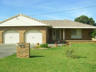 Executive Property In Coastal location - Culburra Beach