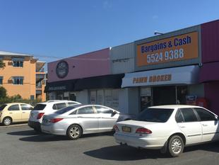 Budget Shopfront Opposite Tweed City - Tweed Heads South
