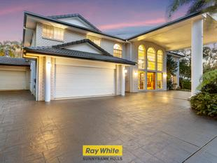 "2481M2 LARGE EXECUTIVE RESIDENCE IN "" THE AVENUE "" ESTATE OF SUNNYBANK HILLS - Sunnybank Hills"