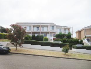 SPACIOUS 4 BEDROOM TOWNHOUSE WITH VIEWS! - Ermington