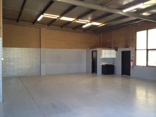 Immaculate Factory of 115sqm* in Dandenong - Dandenong